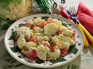 Blumenkohlröschen mit Lachsschinken und Schnittlauch Rezept