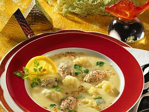 Blumenkohlsuppe mit Lachsklößchen (Diabetiker) Rezept