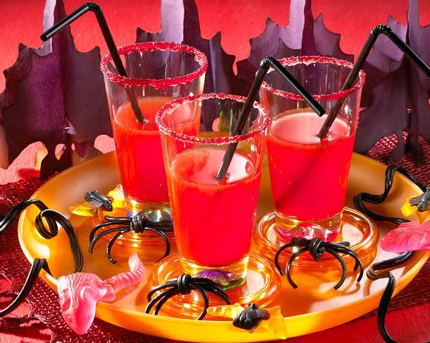 Blutige Drinks zu Halloween Rezept