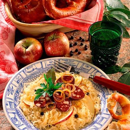 Blutwurst auf Sauerkraut Rezept