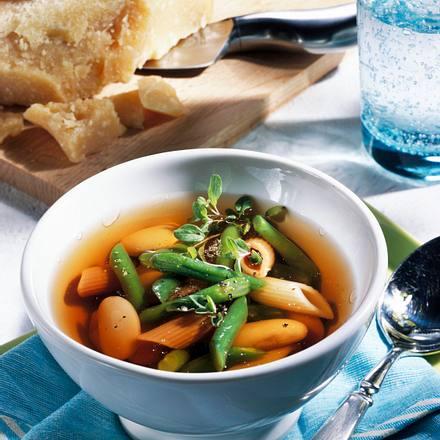 Bohnen-Nudelsuppe Rezept