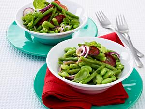 Bohnen-Salat mit Cabanossi-Chips Rezept