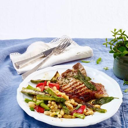 Bohnen-Spargelgemüse mit Kotelett Rezept