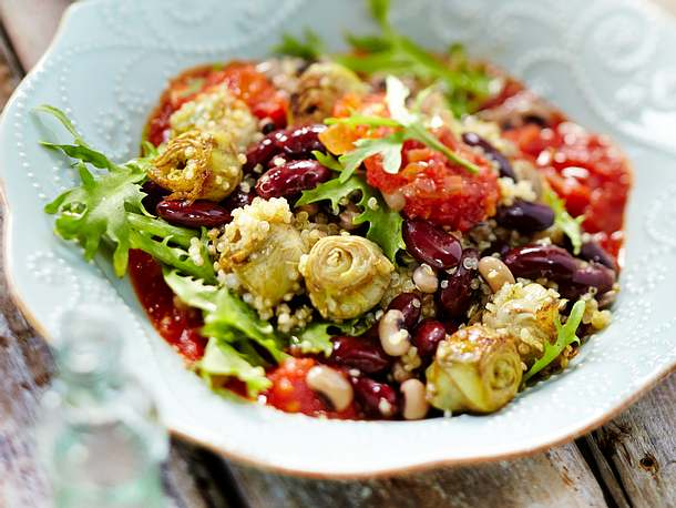 Bohnenpfanne mit Quinoa und gebratenen Artischockenherzen Rezept