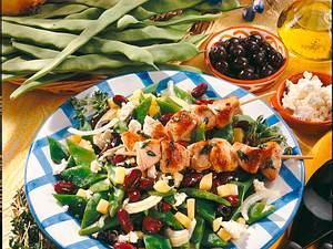 Bohnensalat mit Feta & Gyros-Spießen Rezept