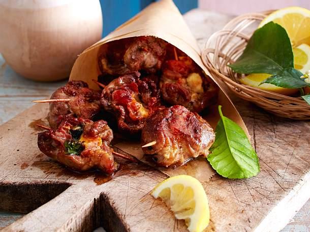 Bombette di Maiale (Minirouladen aus Schweinenacken mit Käse) Rezept