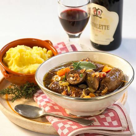 Bragoli (Rotwein-Rouladen) Rezept