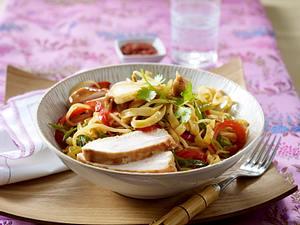 Brat Gemüse-Nudeln mit Hähnchenfleisch, Rezept
