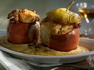 Bratäpfel in Calvados-Biskuitcreme Rezept
