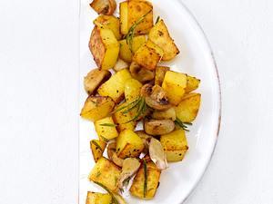 Bratkartoffeln mit Champignons (Trennkost, Kohlenhydrate) Rezept