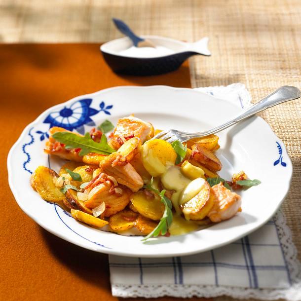 Bratkartoffeln mit Lachs und Rauke Rezept