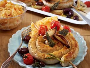Bratwurstschnecke mit Tomatengemüse aus dem Ofen Rezept