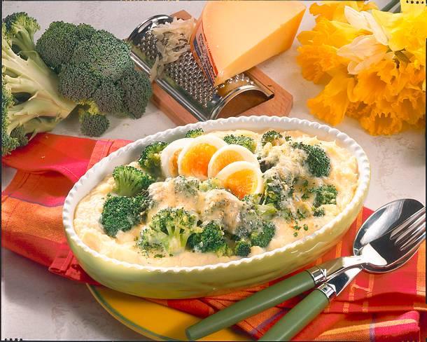 Broccoli im Püreebett  Rezept