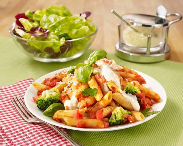Broccoli-Tomaten-Pasta mit Käsesoße Rezept