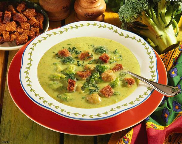 Broccolicreme-Suppe Rezept