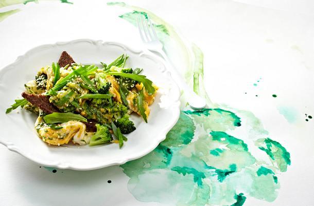 Brokkoli-Rührei mit Rucola Rezept