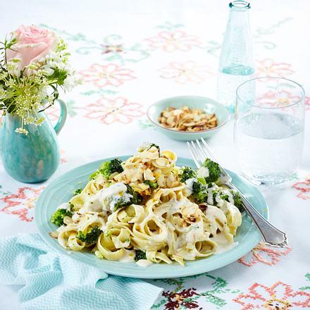 Brokkoli-Zitronen-Nudeln Rezept