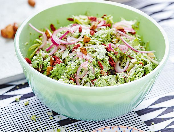 Brokkolisalat mit Ingwer-Mohn-Mayonnaise Rezept