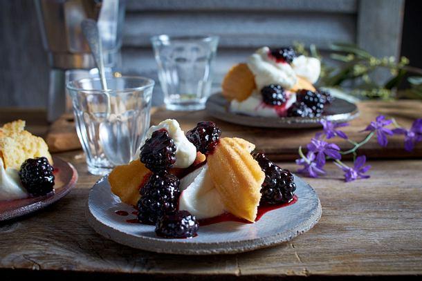 Brombeer-Sahne-Dessert Rezept