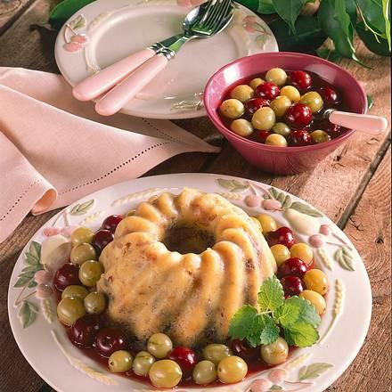 Brotpudding mit Stachelbeer-Kirschkompott Rezept