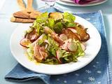 Brotsalat mit Geflügelsalat Rezept