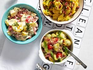 Brühkartoffelsalat mit Schnittlauch und Speck Rezept