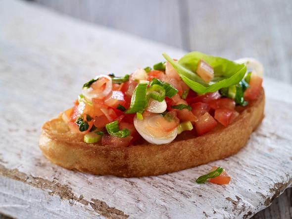 Bruschetta mit Tomate-Basilikum Rezept
