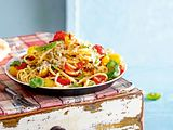 Bucatini mit Outer-Space-Sugo Rezept