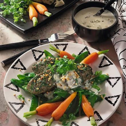 Buchweizenklöße mit Möhren-Zuckerschoten-Gemüse Rezept