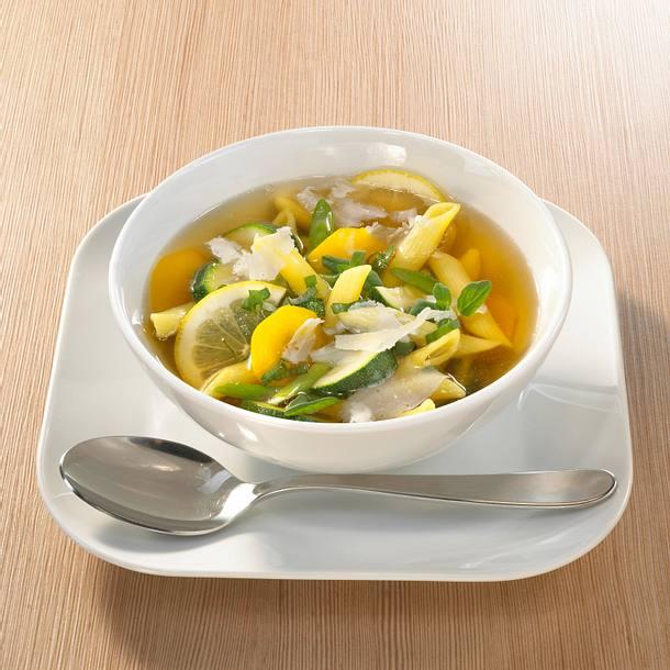 Bunte Gemüse-Nudelsuppe Rezept