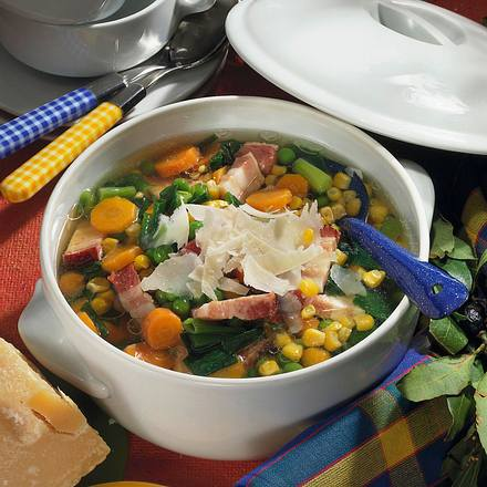 Bunter Gemüse-Topf mit Speck Rezept