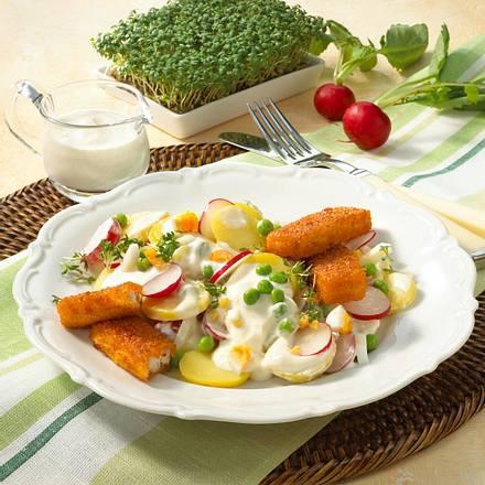 Bunter Kartoffelsalat mit Fischstäbchen Rezept