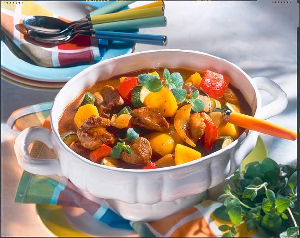 Bunter Puten-Gemüse-Eintopf Rezept