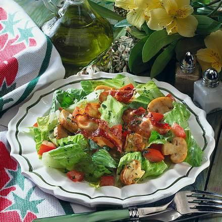 Bunter Römersalat mit Champignons Rezept