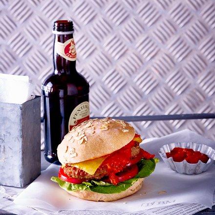 Burger mit Whiskey-Schalotten-Soße Rezept