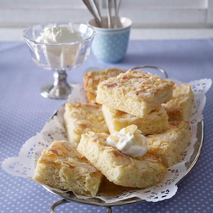 butterkuchen rezept chefkoch rezepte auf kochen backen und schnelle gerichte. Black Bedroom Furniture Sets. Home Design Ideas