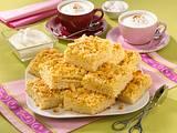 Butterkuchen mit Streuseln und Mandelblättchen Rezept