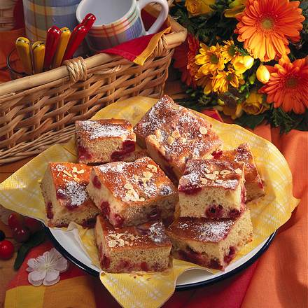 Buttermilch-Kirschkuchen Rezept