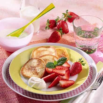 Buttermilch-Plinsen mit Erdbeeren (Diabetiker) Rezept