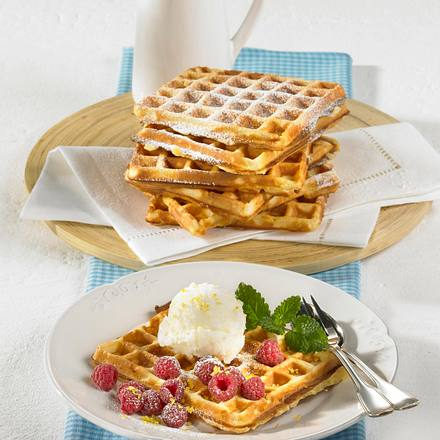 buttermilch waffeln mit zitronensorbet rezept chefkoch. Black Bedroom Furniture Sets. Home Design Ideas