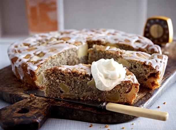 buttermilchkuchen mit apfel und mohn rezept chefkoch rezepte auf kochen backen. Black Bedroom Furniture Sets. Home Design Ideas