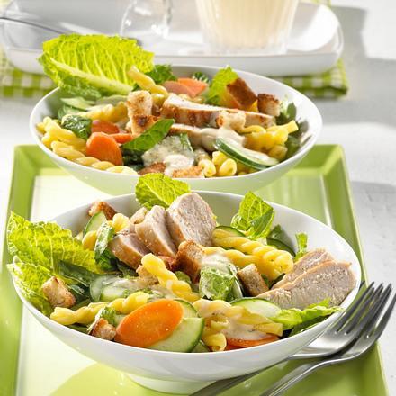 Caesar-Nudelsalat Rezept