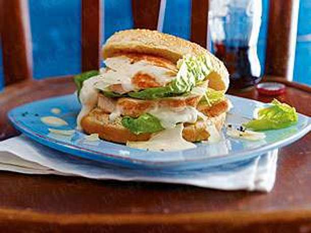 caesar 39 s salad burger mit chicken rezept chefkoch rezepte auf kochen backen und. Black Bedroom Furniture Sets. Home Design Ideas