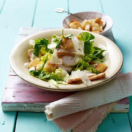 Caesar's Salad mit Hähnchenfilet. Rezept