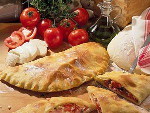 Calzone mit Schinken-Tomatenfüllung Rezept