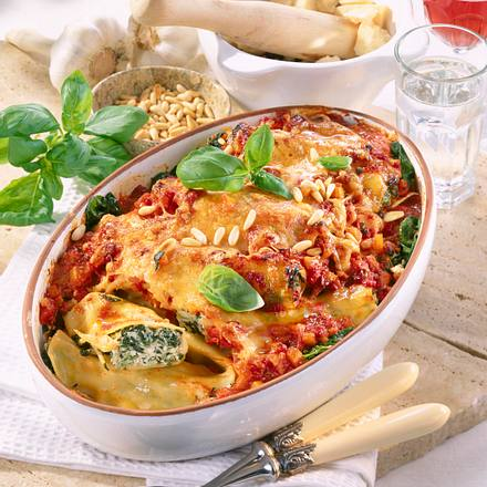 Cannelloni auf Spinatbett Rezept