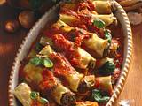Cannelloni mit Hack-Basilikumfüllung und Tomatenso Rezept