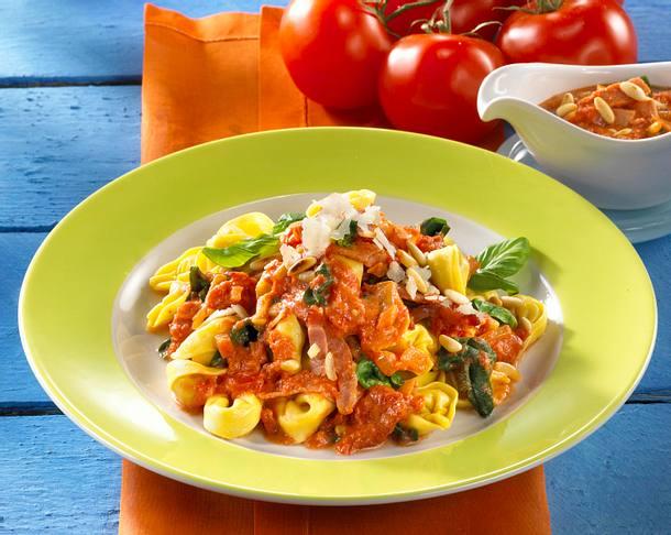 Cappelletti mit Spinat-Sahnesoße Rezept