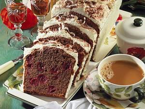 Cappuccino-Kuchen mit Kirschen Rezept