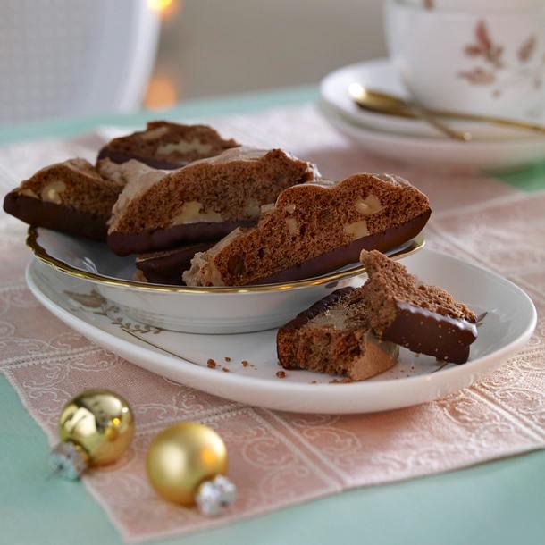 Cappuccino-Walnuss-Biscotti Rezept